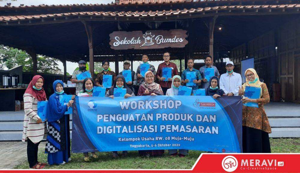 Pelatihan Penguatan Produk dan Digitalisasi Pemasaran RW 08 Muja Muju Kerjasama PT. Sari Husada